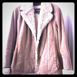 🍁Wilsons Leather Suede Coat with Faux Fur Trim
